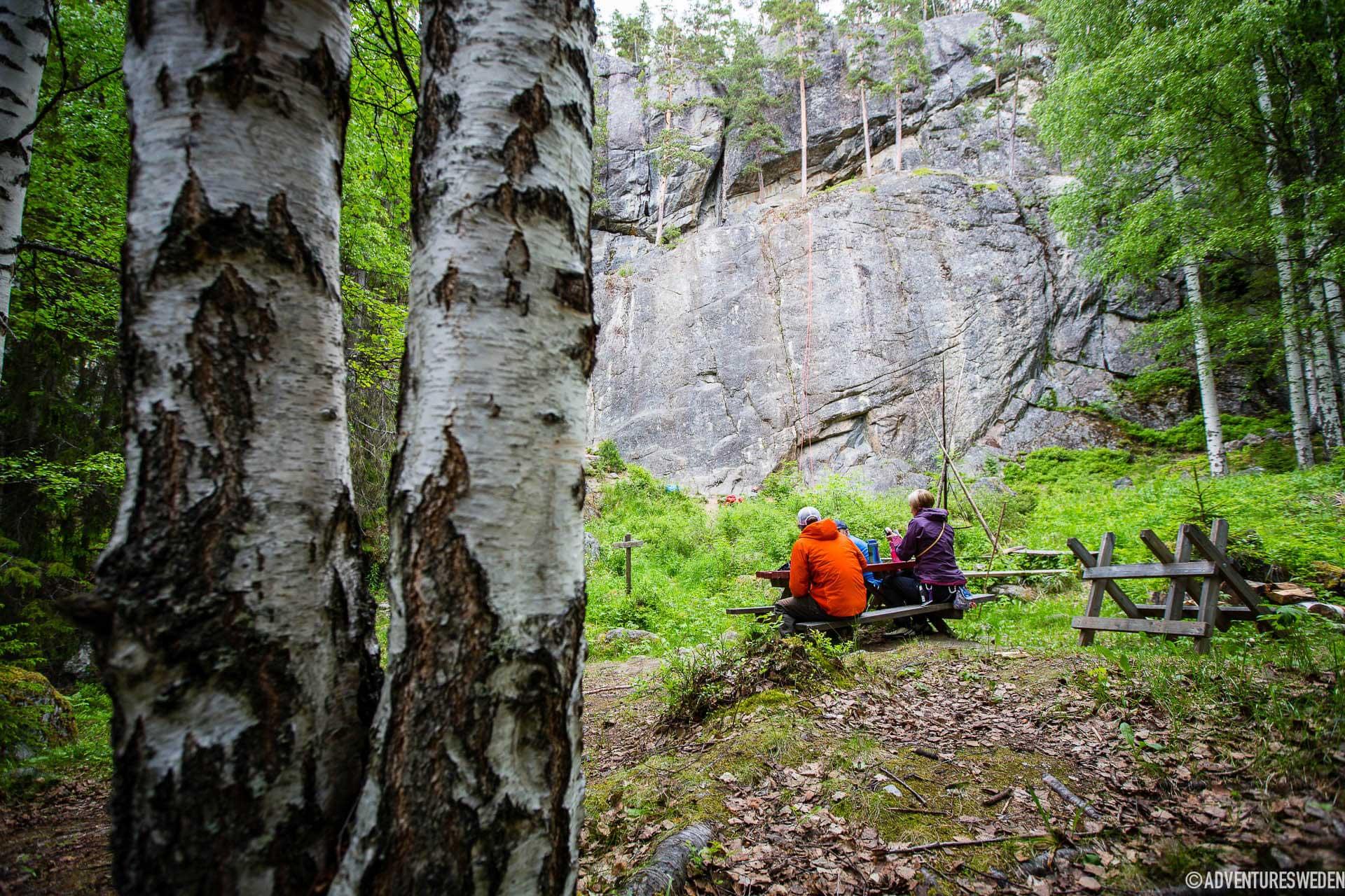 Fikapaus under klättring, Stugun | Foto: Anette Andersson