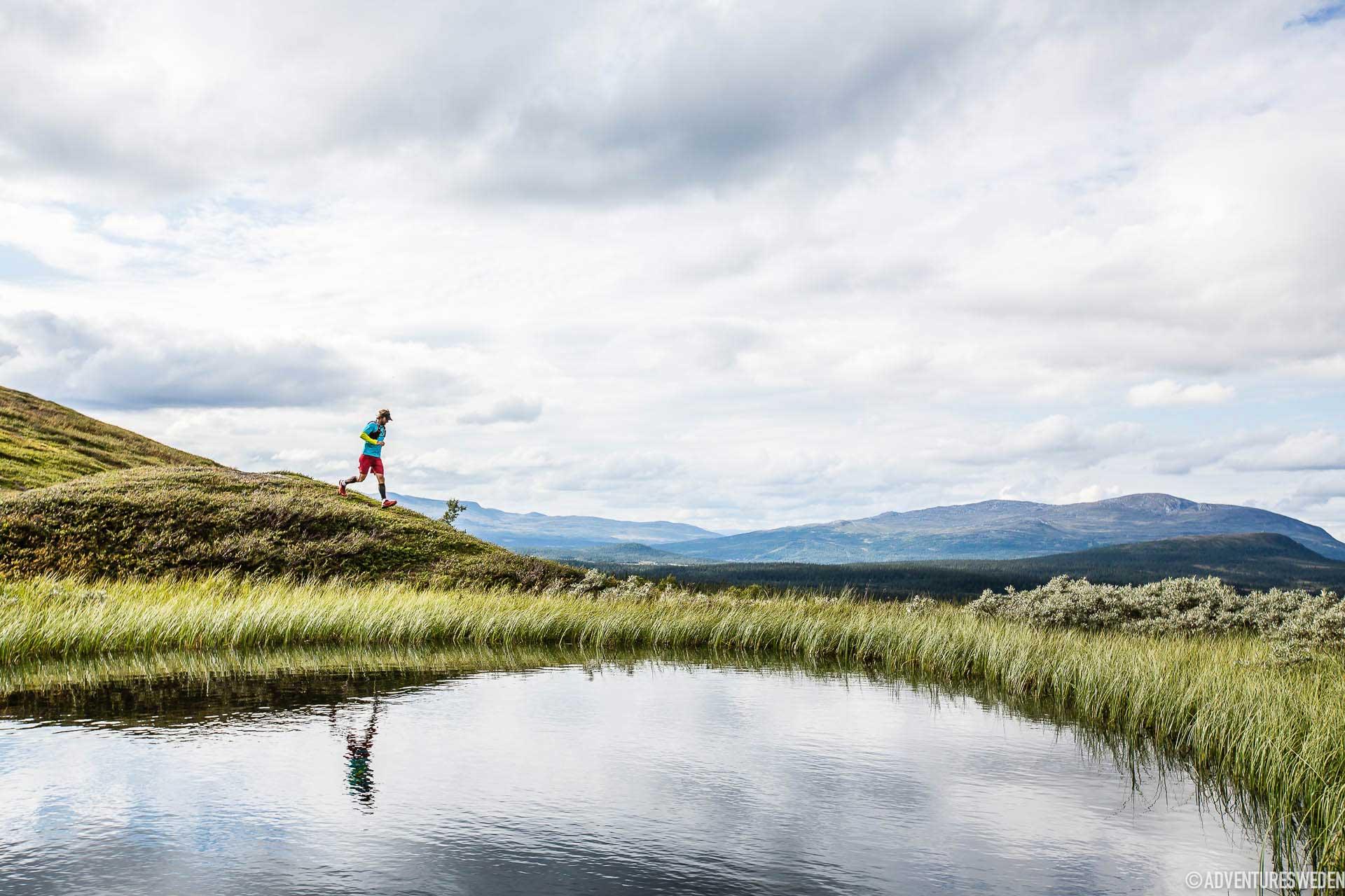 Löpning vid sjö, Pyramiderna | Foto: Anette Andersson