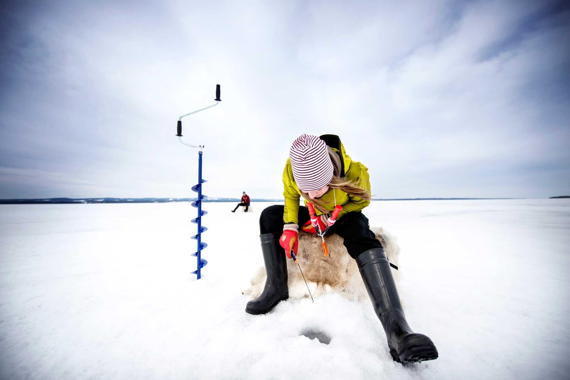 Winter fishing in Sweden | Photo: Sandra Lee Pettersson