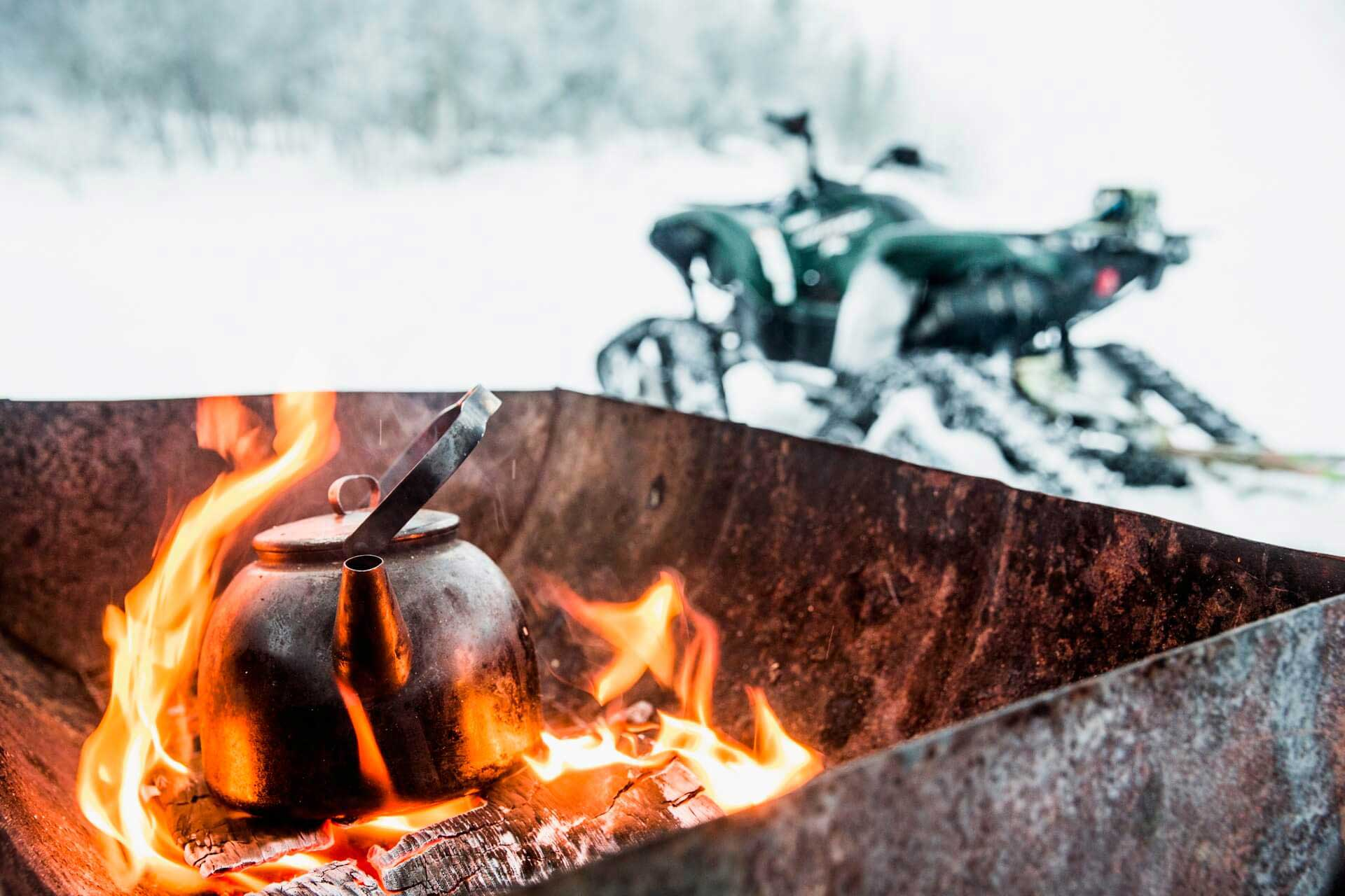 Coffee on the open fire | Photo: Jonas Kullman