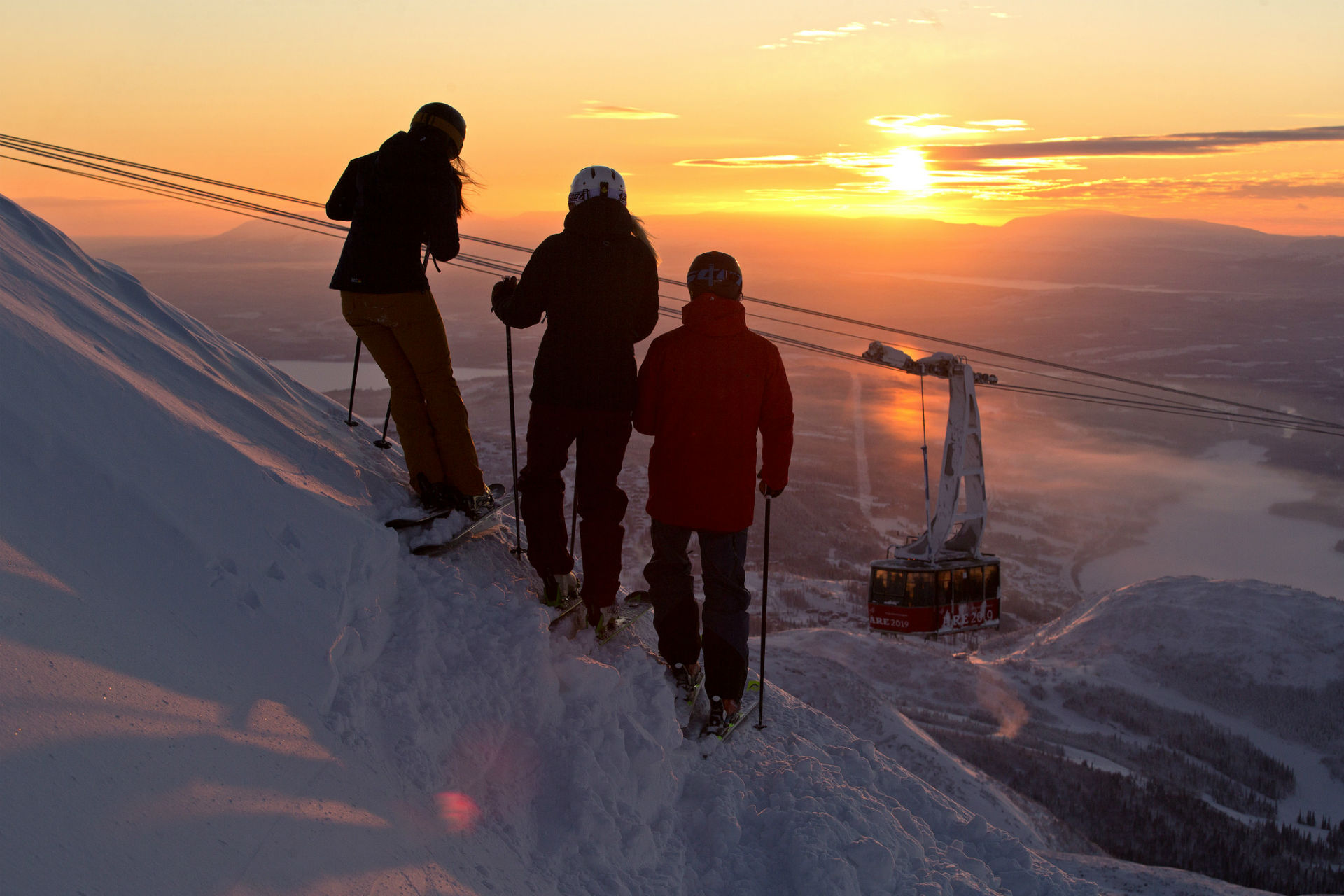 Skiing together in alpine village Are, Adventure Sweden